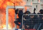 Liga dos Campeões: AEK x Ajax tem ataque a torcedores - Costas Baltas/Reuters