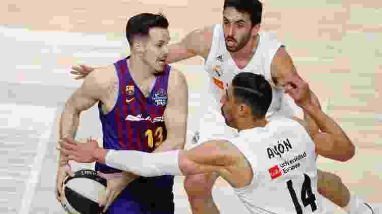 Lance da partida entre Barcelona e Real pela Copa do Rei de basquete - Javier López/EFE - Javier López/EFE