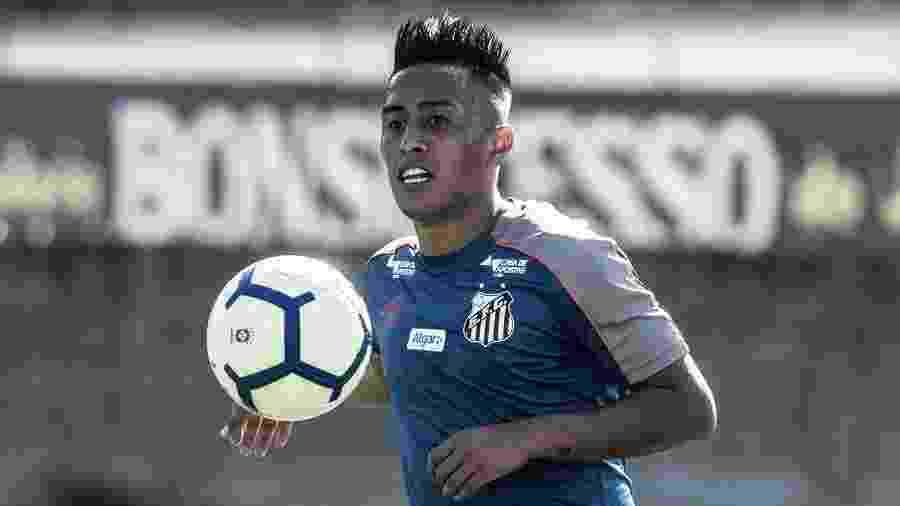Cueva, em treino do Santos - Ivan Storti/Santos FC