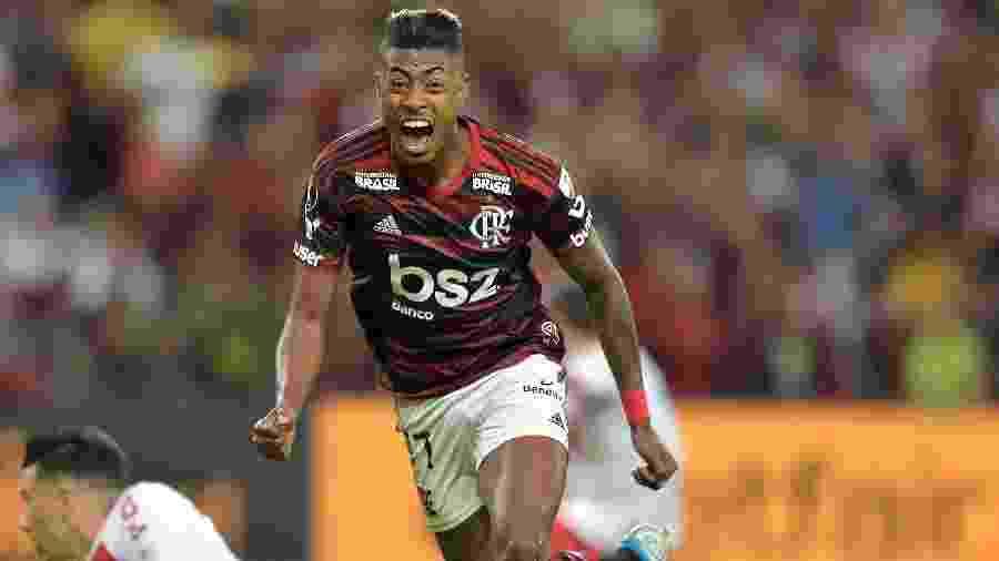 Bruno Henrique comemora gol do Flamengo contra o Internacional - Thiago Ribeiro/AGIF
