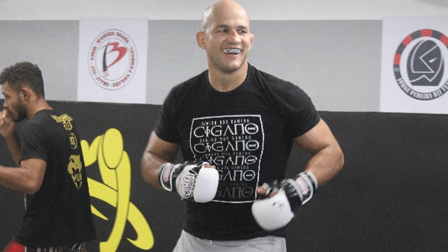 O lutador Junior Cigano conta que tem sonho de se aventurar na carreira de ator - Carlos Antunes/ Ag Fight