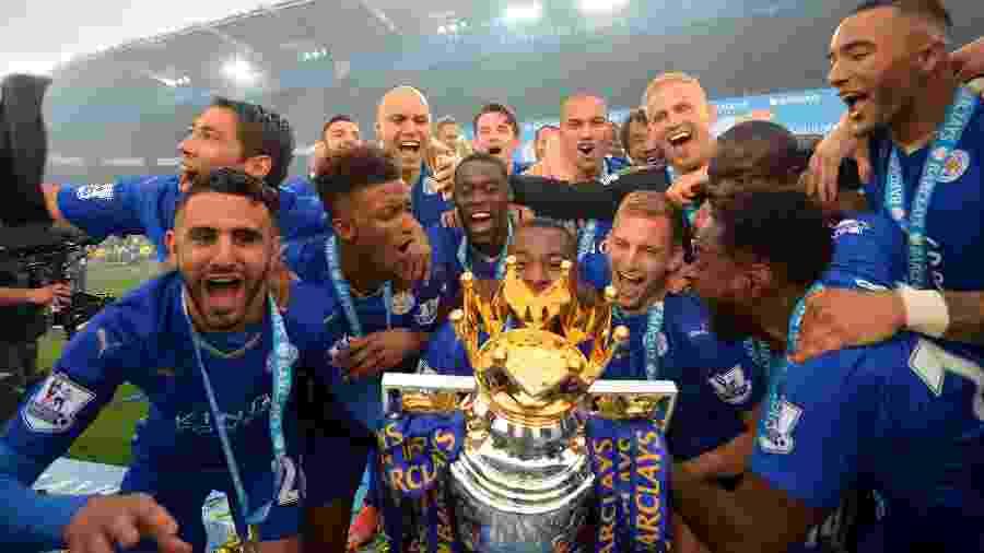 Leicester comemorando título da Premier League em 2016 - Michael Regan/Getty Images