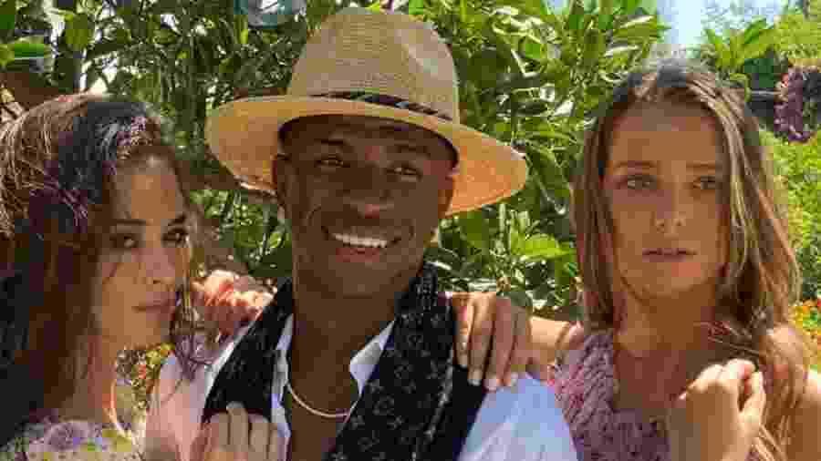 Vinícius Junior grava comercial em Ibiza com modelos - Reprodução/Instagram