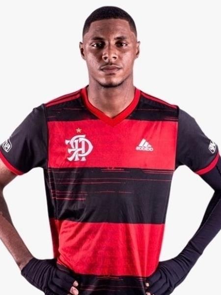 Jhonata Ventura, zagueiro do Flamengo, foi uma das vítimas do incêndio no Ninho - Reprodução Instagram Jhonata Ventura
