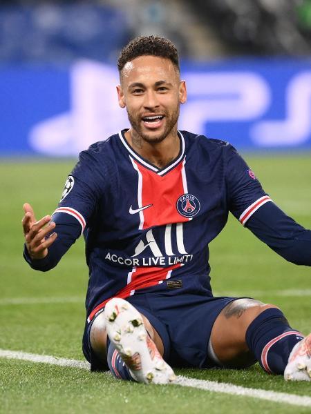 Neymar durante jogo contra o Bayern de Munique pela Champions League - FRANCK FIFE / AFP