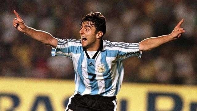 Cláudio Lopez na vitória da Argentina sobre o Brasil em 1998