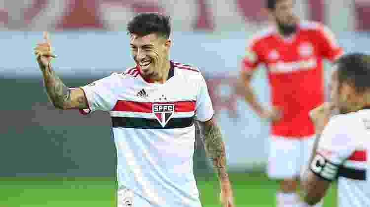 Rigoni comemora gol pelo São Paulo sobre o Inter - Pedro H. Tesch/AGIF - Pedro H. Tesch/AGIF