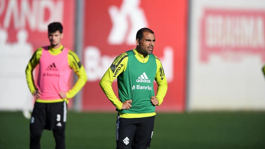 Gabriel Mercado participa de treinamento no Inter antes de poder estrear - Ricardo Duarte/Inter