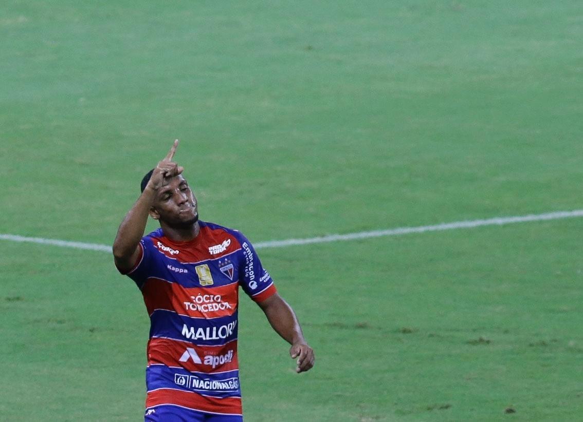 Flamengo volta a jogar mal 6e2da7f8b2acd