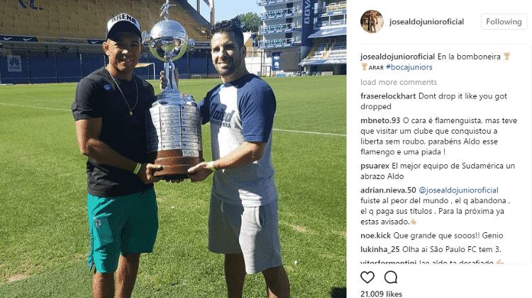 José Aldo visita La Bombonera e ergue taça da Libertadores na Argentina - Reprodução/Instagram - Reprodução/Instagram