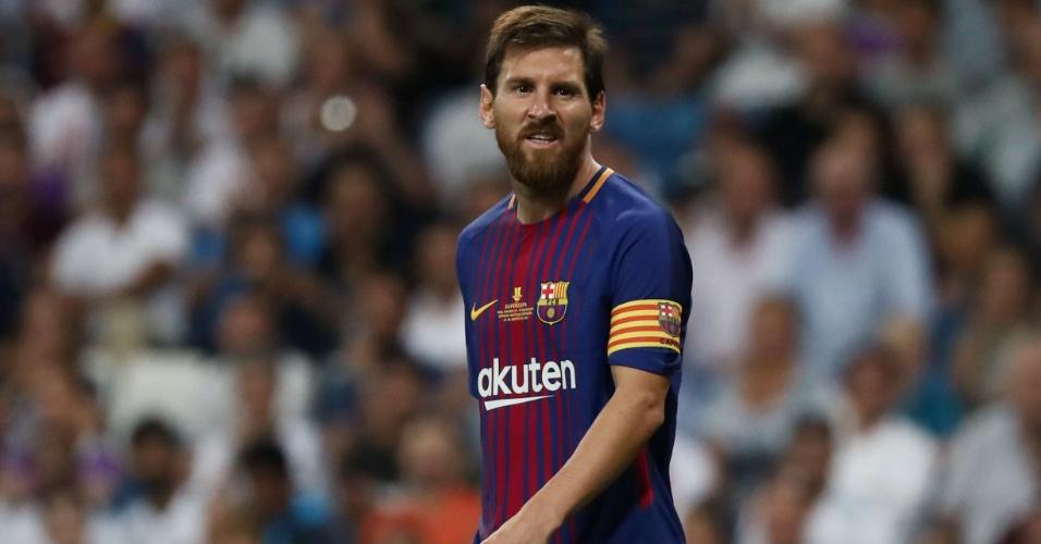Messi lamenta durante o jogo entre Barcelona e Real Madrid