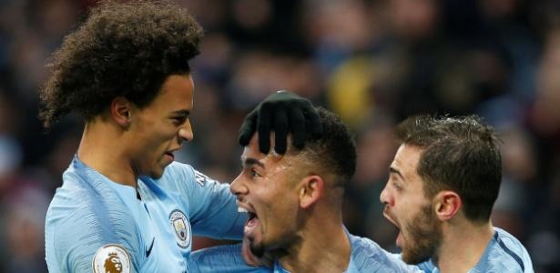 Jogadores do City comemoram o gol de Gabriel Jesus - REUTERS/Andrew Yates