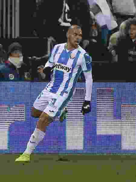Braithwaite comemora gol do Leganés contra o Real Madrid - REUTERS/Javier Barbancho