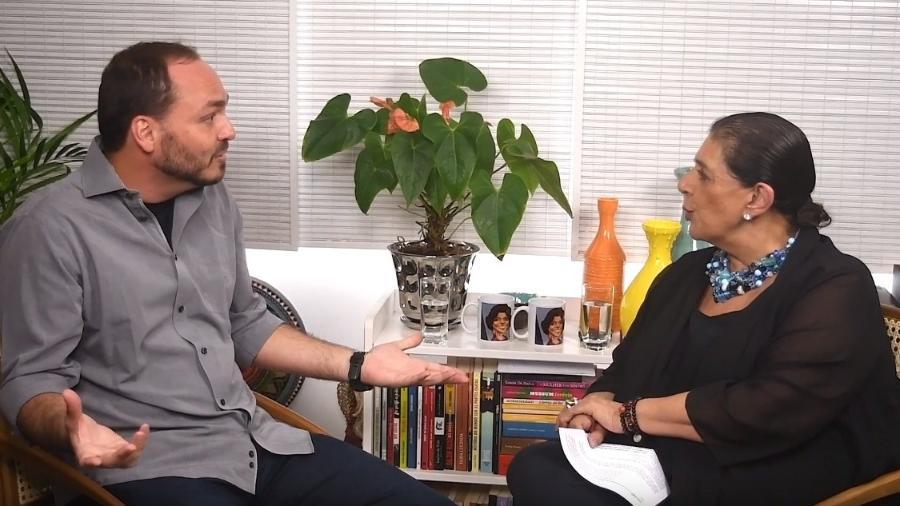 Carlos Bolsonaro se declarou torcedor do Botafogo em entrevista a Leda Nagle - Reprodução/Leda Nagle