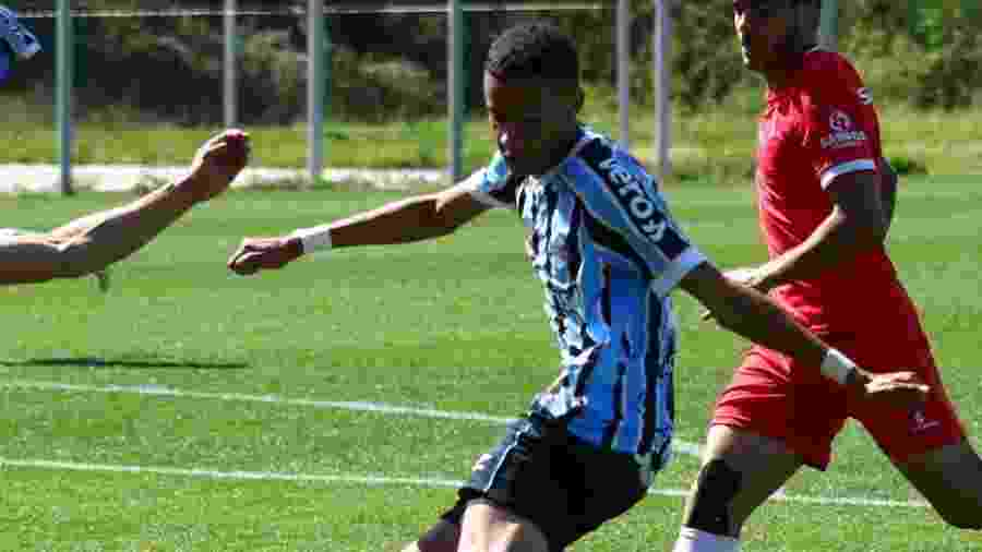 Patrick, meio-campista do Grêmio, será emprestado para clube francês - Divulgação/Site oficial do Grêmio