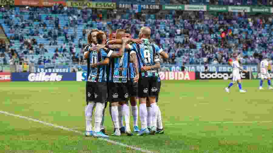 Jogadores do Grêmio celebram gol marcado durante goleada de 6 a 1 no Avaí - Lucas Uebel/Grêmio FBPA