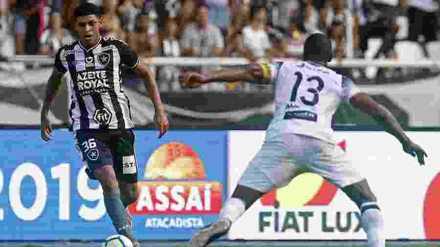 Atacante Luis Henrique pode ganhar espaço neste começo de ano com o técnico Alberto Valentim - Vitor Silva/Botafogo