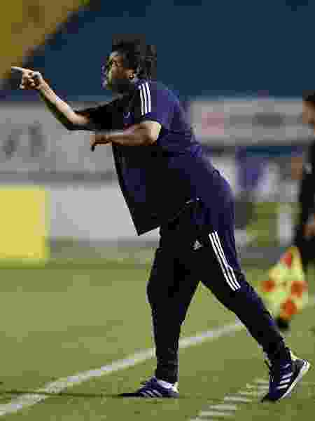 Adilson Batista, técnico do Cruzeiro - Douglas Magno/Light Press/Cruzeiro