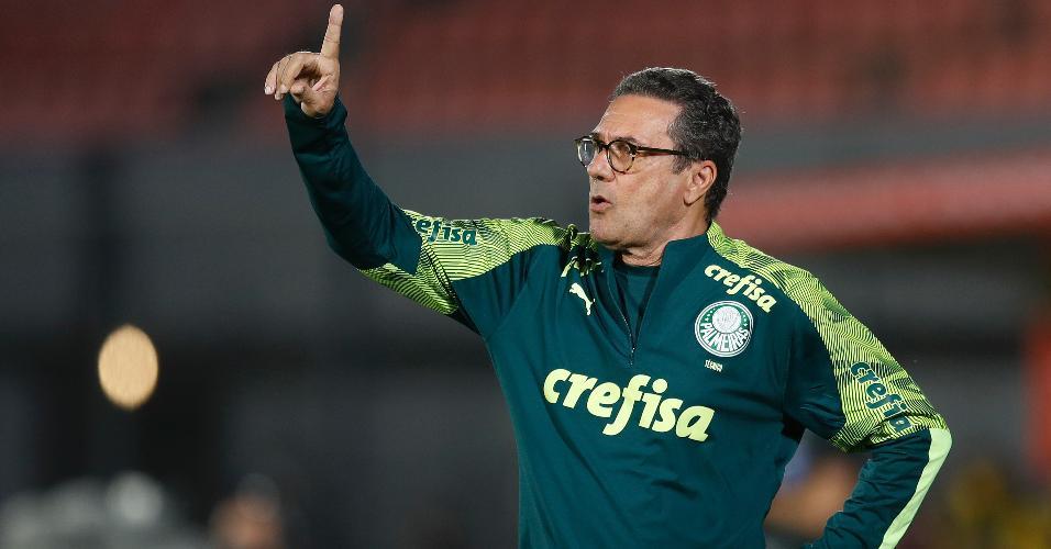 Vanderlei Luxemburgo durante a partida entre Guarani e Palmeiras, pela Libertadores