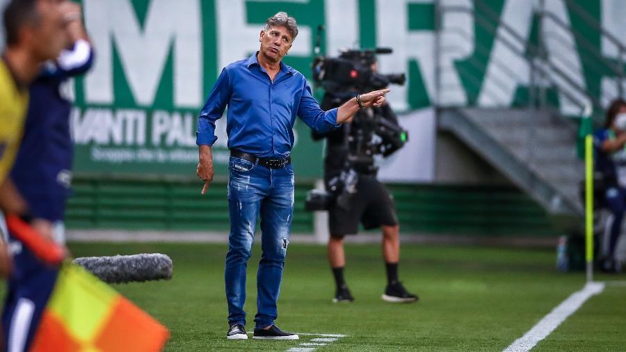 Renato Portaluppi, que testou positivo para covid-19 na segunda-feira (5), desfalca time em meio à maratona - Lucas Uebel/Grêmio FBPA