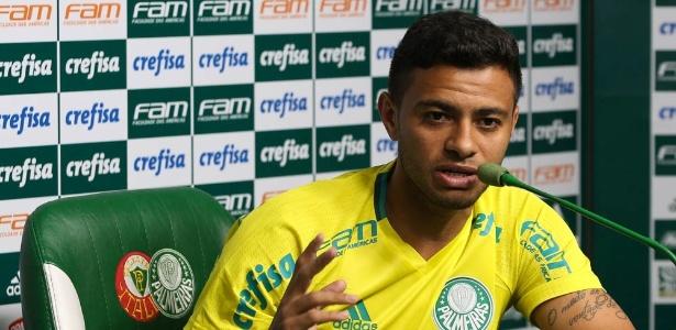 Cleiton Xavier atuou por 70 minutos na partida contra o Atlético-PR