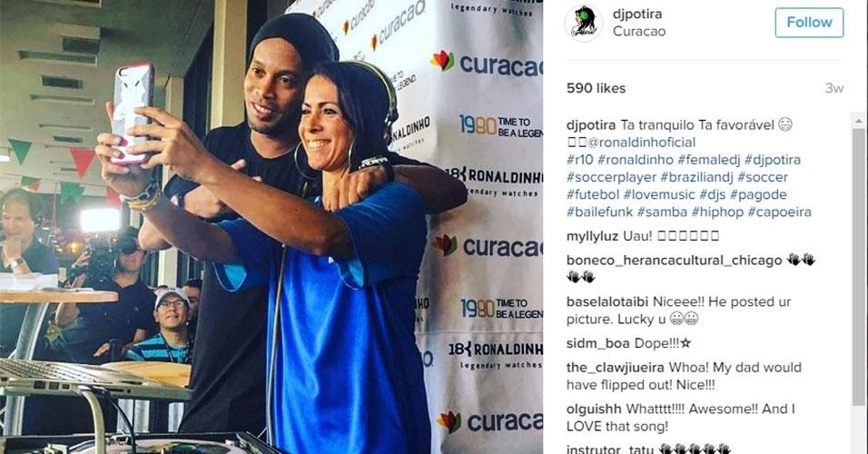 Potira faz selfie com Ronaldinho