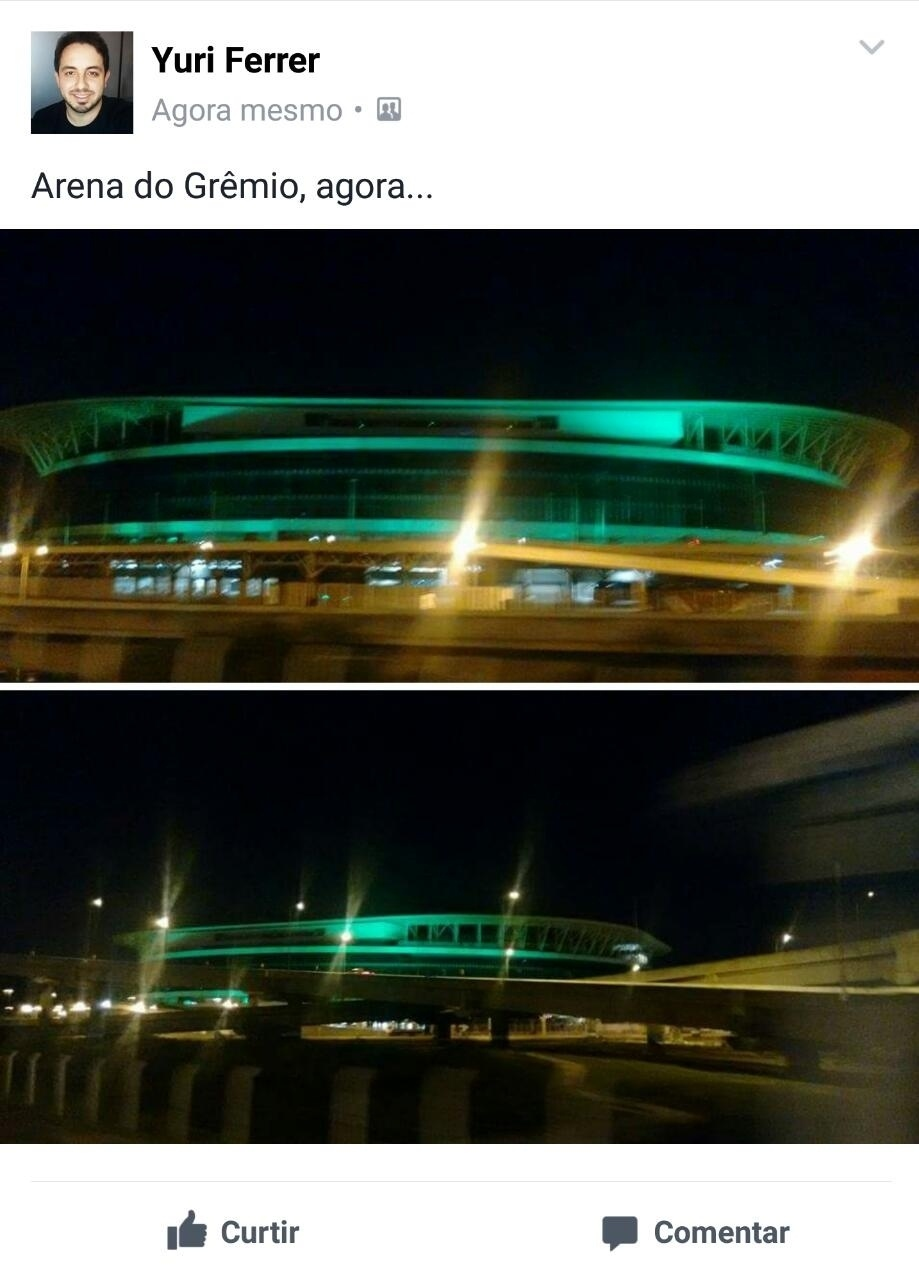 O Grêmio também deu ao seu estádio uma luz verde para homenagear a Chape