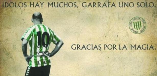 Imagem clássica de Garrafa Sánchez que ainda hoje ilustra homenagens