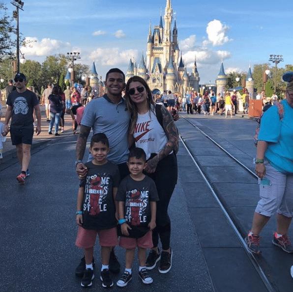 Dudu, do Palmeiras, compartilhou no Instagram um registro dele e de sua família curtindo os parques da Disney, em Orlando (EUA).