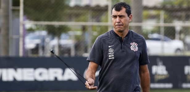 Carille deixou o Corinthians depois de 17 meses no cargo de treinador da equipe