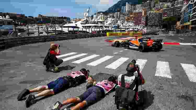 Forógrafos na beira da pista no GP de Mônaco - Haas/LAT - Haas/LAT