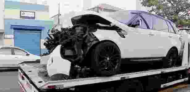 Carro em que estava Arboleda. Duas ocupantes do veículo se feriram sem gravidade - Reprodução/TV Globo