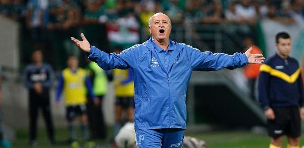 Luiz Felipe Scolari opta por colocar time quase todo reserva contra o Internacional - Daniel Vorley/AGIF