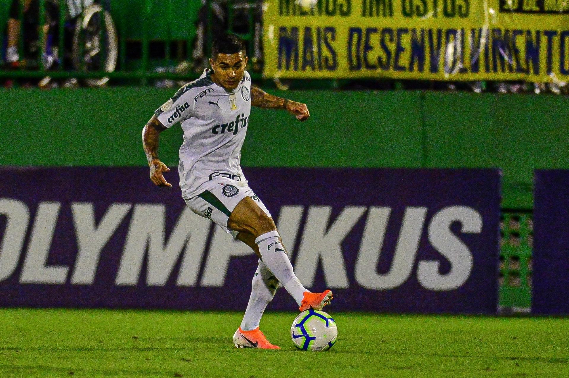 0a418b26a9713 Palmeiras: Dudu confirma tese de Felipão e desencanta