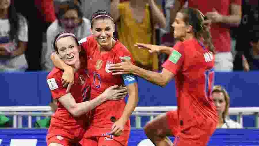 Atuais campeões, Estados Unidos são favoritos na final contra a Holanda - FRANCK FIFE / AFP
