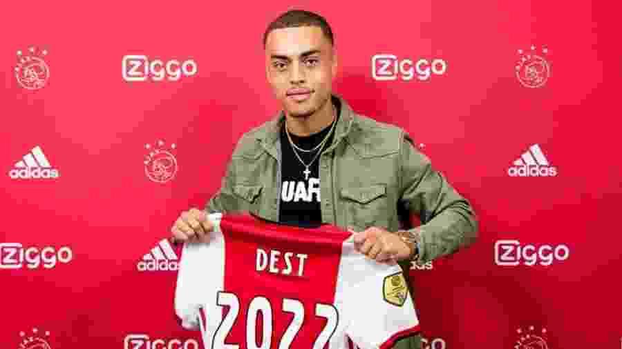 Sergiño Dest, do Ajax - Divulgação / Ajax