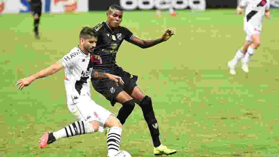 Vasco e Ceará se enfrentam pela 23ª rodada do Campeonato Brasileiro, nesta segunda (30), em São Januário - Kely Pereira/AGIF