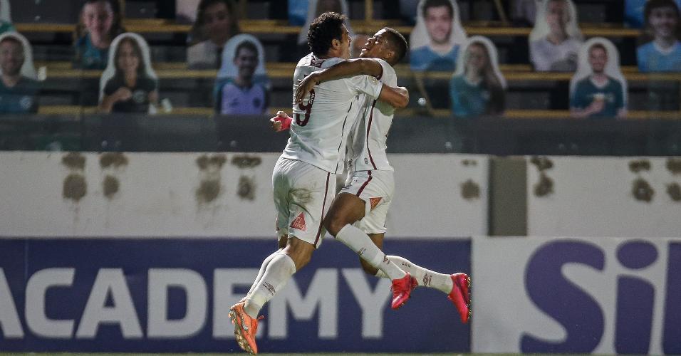 Fred comemora seu gol no jogo do Fluminense contra o Goiás, pelo Brasileirão