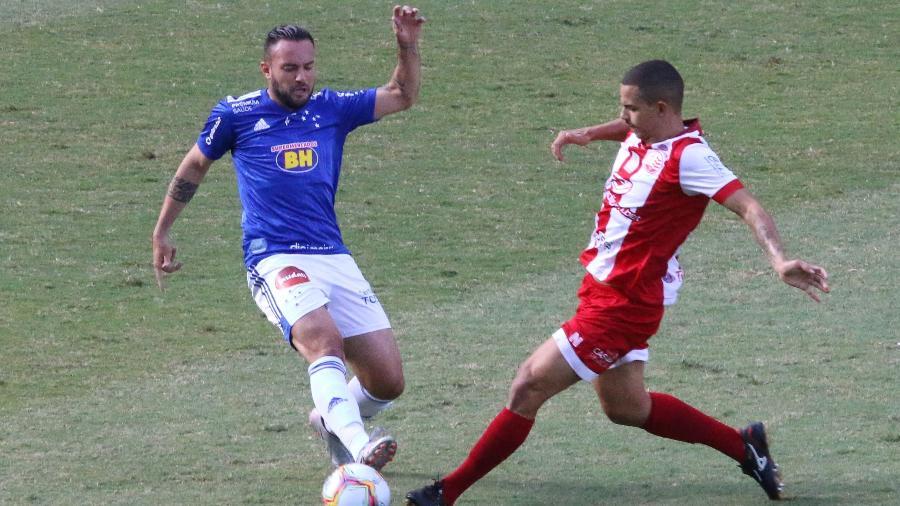 Cruzeiro e Náutico ficaram no 0 a 0 em partida fraca na penúltima rodada da Série B do Brasileirão - Fernando Moreno/AGIF