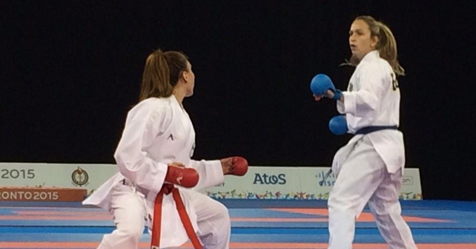 Natalia Brozulatto foi medalha de ouro no caratê do Pan