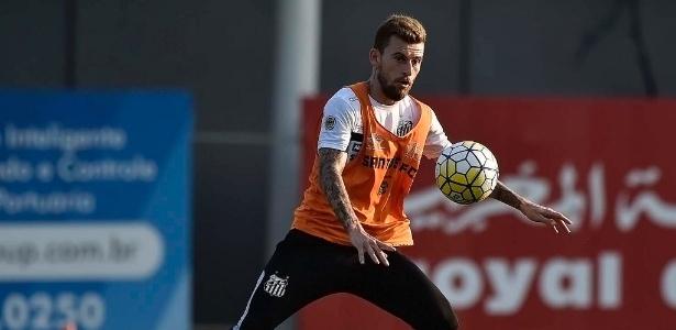 Representantes do meia Lucas Lima devem se reunir com o Santos nesta semana