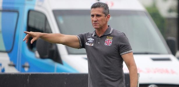 Jorginho enalteceu a consistência e a paciência do time do Vasco contra o Paraná