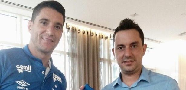 Klauss Câmara foi o dirigente do Cruzeiro que viajou para contratar Thiago Neves