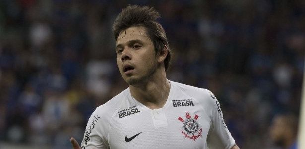 Ángel Romero marcou o primeiro gol corintiano diante do Cruzeiro no amistoso