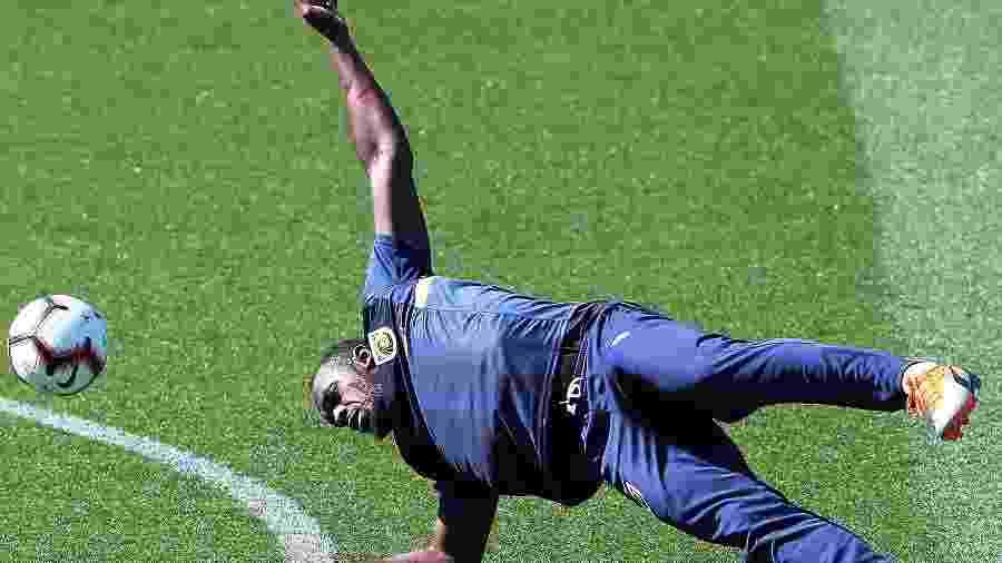 Jamaicano é cotado para defender o Sivasspor; futuro no futebol deve ser definido em novembro - Peter Lorimer/AFP
