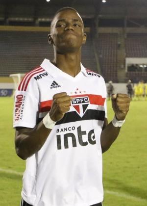 Cássio bateu pênalti com cavadinha para fora - Célio Messias/Saopaulofc.net