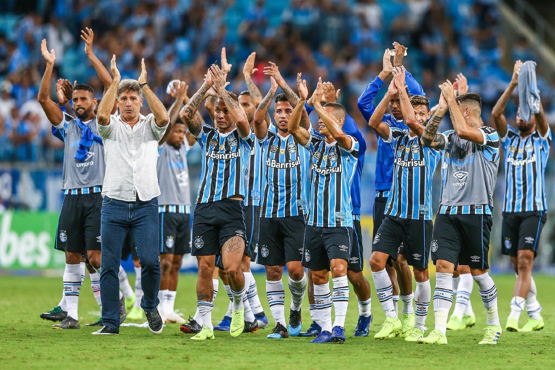 13cb1b6bf7207 Grêmio revê drama na zaga em novo cruzamento com o Juventude