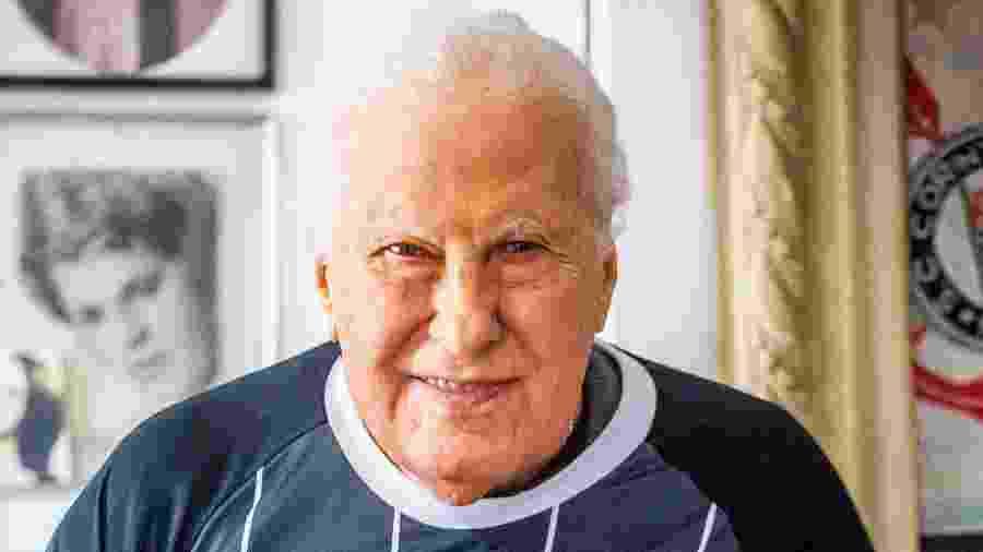 Alberto Dualib, ex-presidente do Corinthians, em sua residência - Edson Lopes Jr./UOL