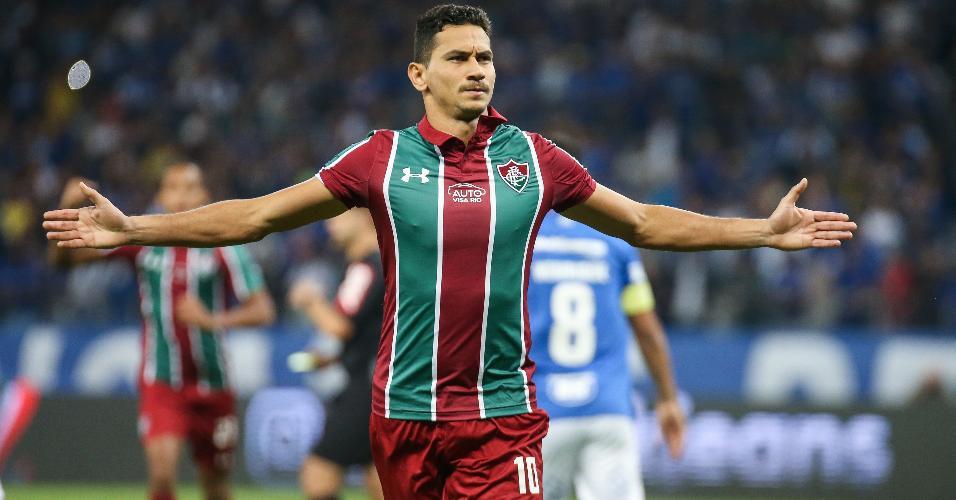 Paulo Henrique Ganso comemora gol do Fluminense contra o Cruzeiro