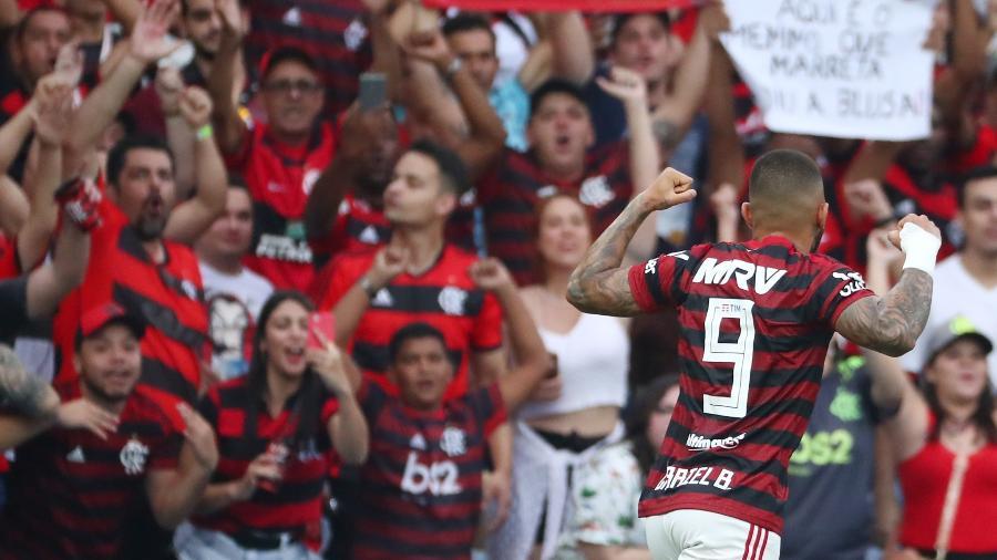 Flamengo ganhou guerras nos bastidores e também poderá transmitir final da Taça Rio junto com Fluminense  - REUTERS/Pilar Olivares